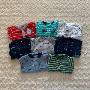 Carter's bundle of 8 footed pajamas/sleep/play